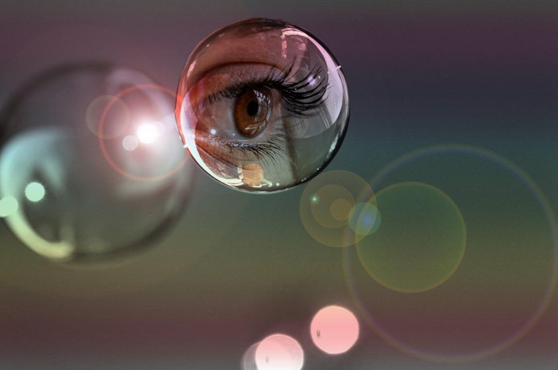soap-bubbles-1192339_1920